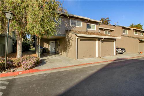 Photo of 541 Winterberry WAY, SAN JOSE, CA 95129 (MLS # ML81820269)