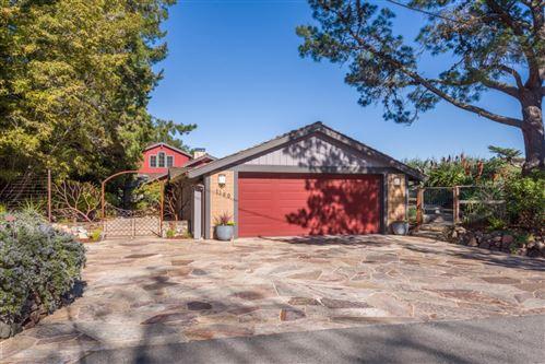 Photo of 1190 Palomar DR, REDWOOD CITY, CA 94062 (MLS # ML81832270)
