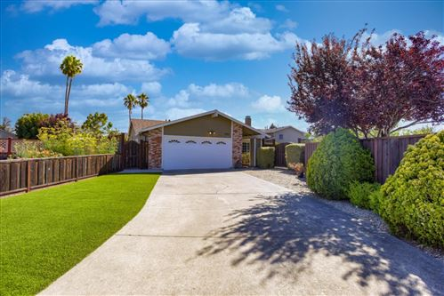 Photo of 380 Winchester CT, FOSTER CITY, CA 94404 (MLS # ML81799272)