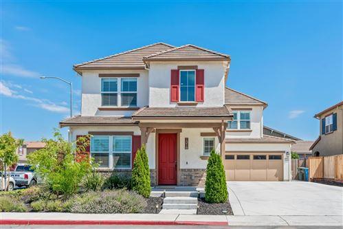 Photo of 1318 Bluebird Lane, MORGAN HILL, CA 95037 (MLS # ML81854272)