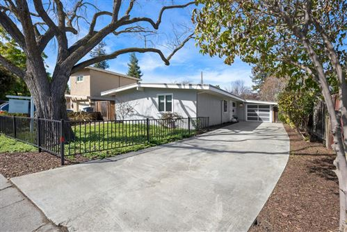 Photo of 284 N Rengstorff AVE, MOUNTAIN VIEW, CA 94043 (MLS # ML81832273)