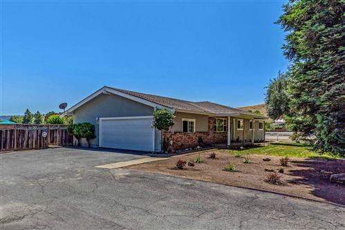 Photo of 12830 Stevens CT, SAN MARTIN, CA 95046 (MLS # ML81796274)
