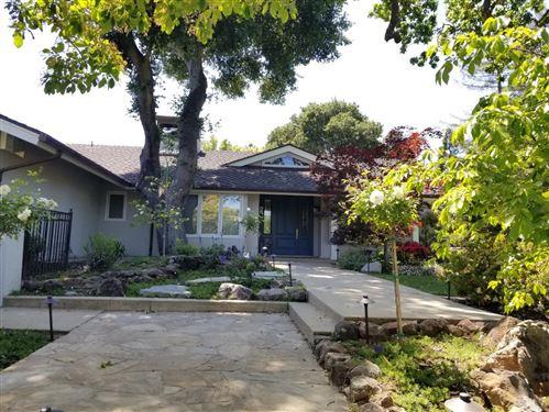 Photo of 275 Uplands Drive, HILLSBOROUGH, CA 94010 (MLS # ML81842275)