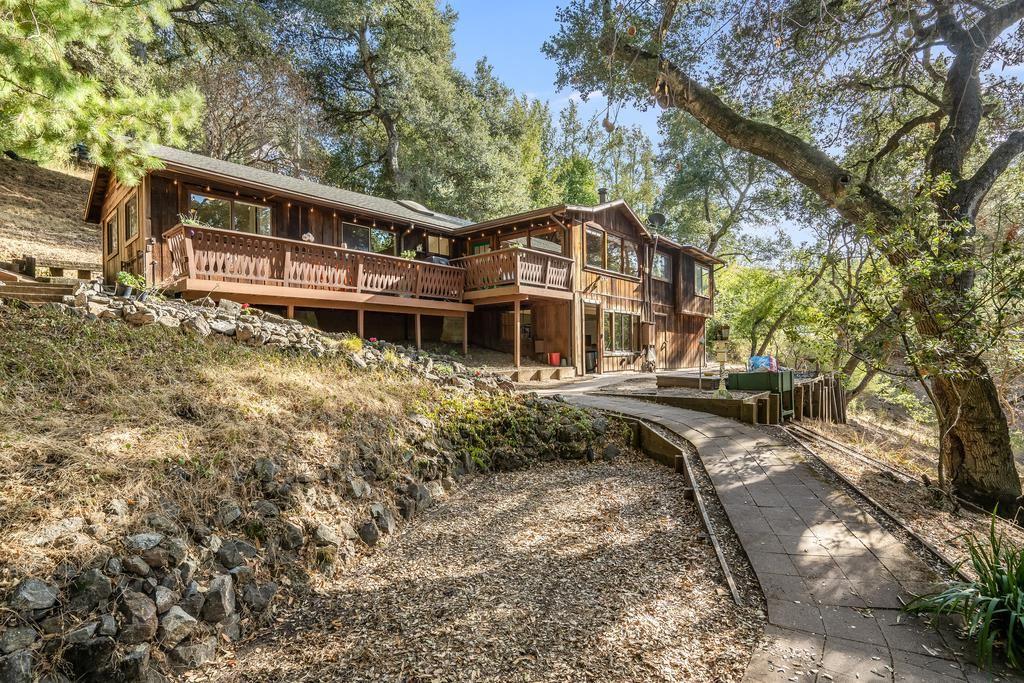 Photo for 21398 Sunnyside RD, LOS GATOS, CA 95033 (MLS # ML81819275)