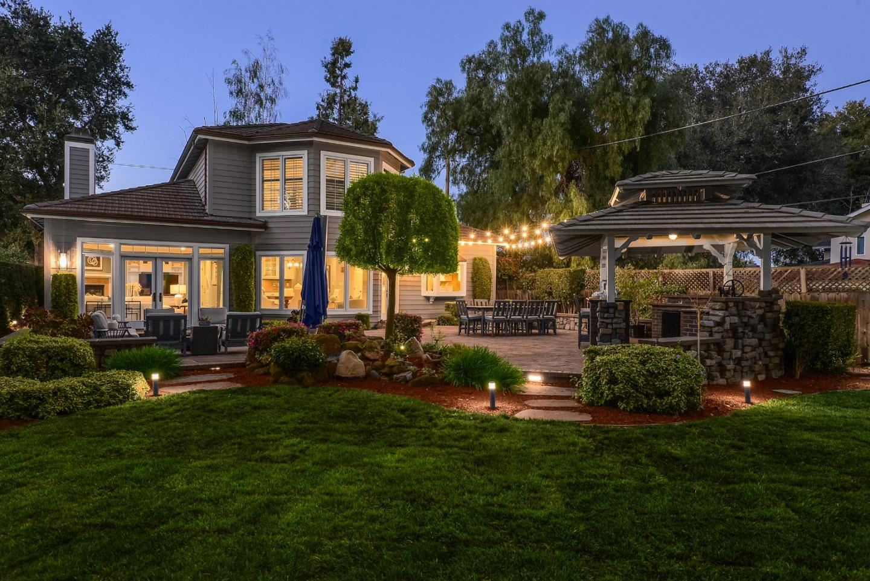 Photo for 440 Hawthorne AVE, LOS ALTOS, CA 94024 (MLS # ML81836278)