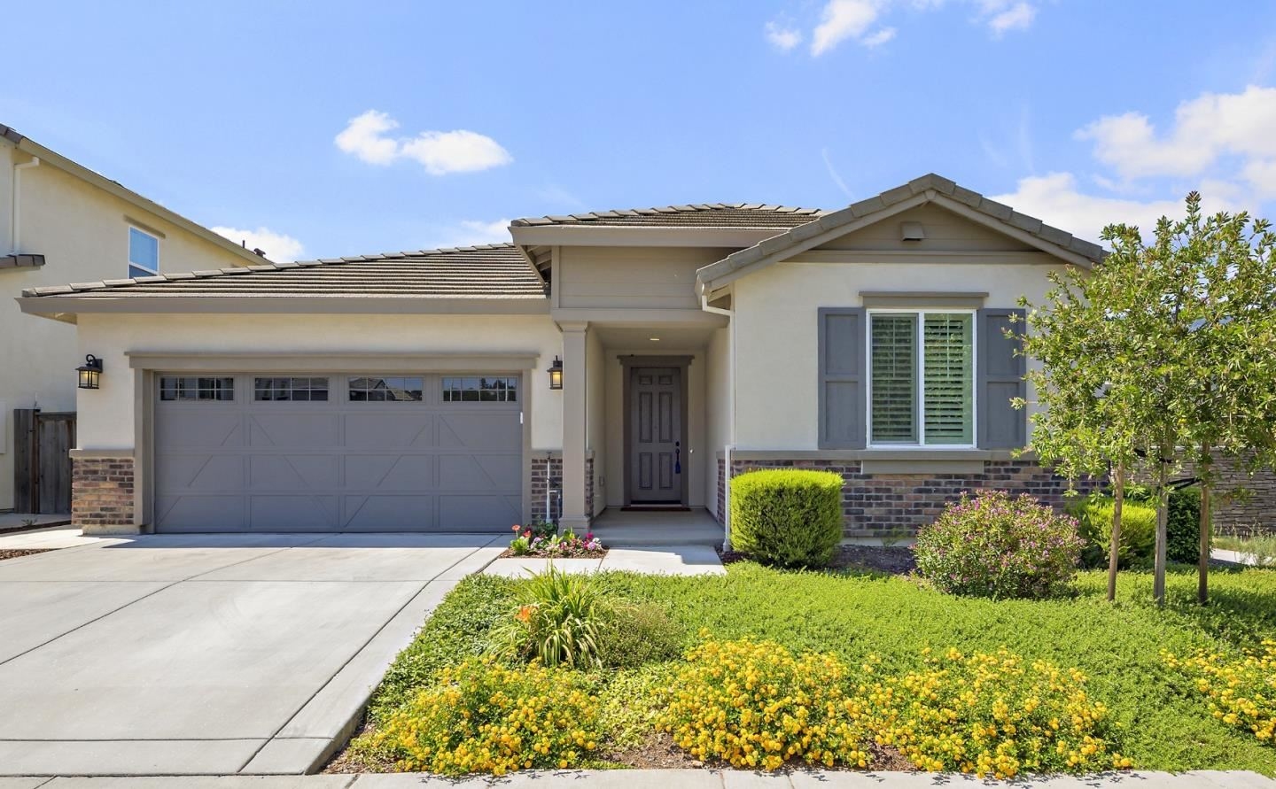 Photo for 1798 Rosemary Drive, GILROY, CA 95020 (MLS # ML81853278)