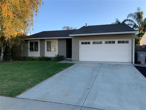 Photo of 466 Tigerwood WAY, SAN JOSE, CA 95111 (MLS # ML81820281)