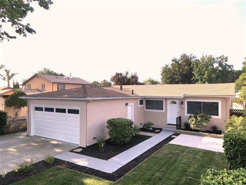 Photo of 1131 Newbridge Street, EAST PALO ALTO, CA 94303 (MLS # ML81850283)