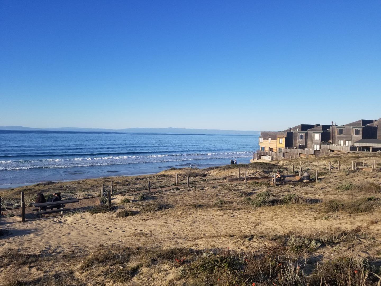 125 Surf Way #342, Monterey, CA 93940 - #: ML81848286