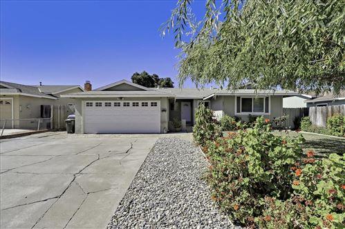 Photo of 2901 South White Road, SAN JOSE, CA 95148 (MLS # ML81864288)