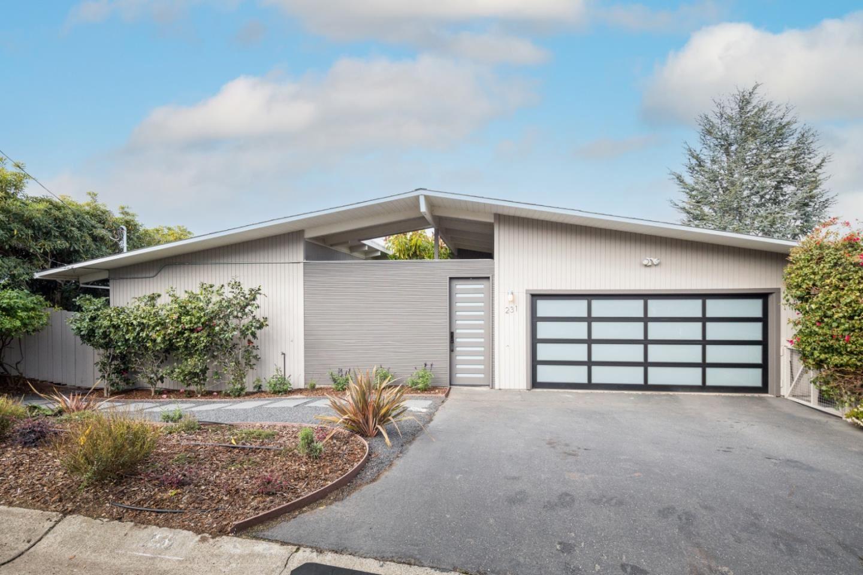 Photo for 231 Lyndhurst AVE, BELMONT, CA 94002 (MLS # ML81825288)