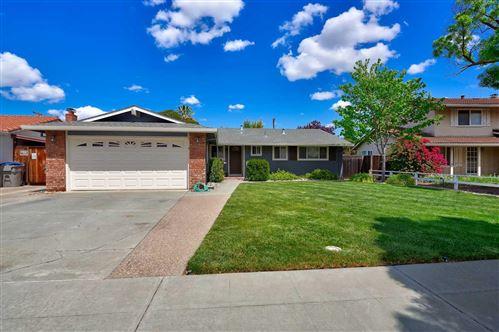 Photo of 5550 Woodhurst Lane, SAN JOSE, CA 95123 (MLS # ML81842291)