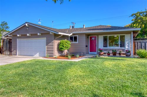 Photo of 690 Mohican DR, SAN JOSE, CA 95123 (MLS # ML81799296)