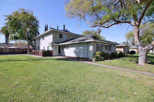 Photo of 5708 Calmor AVE 4 #4, SAN JOSE, CA 95123 (MLS # ML81838298)