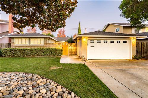 Photo of 1020 Hollenbeck Avenue, SUNNYVALE, CA 94087 (MLS # ML81867299)