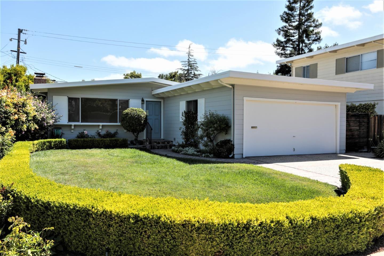 Photo for 2526 Betlo Avenue, MOUNTAIN VIEW, CA 94043 (MLS # ML81854302)