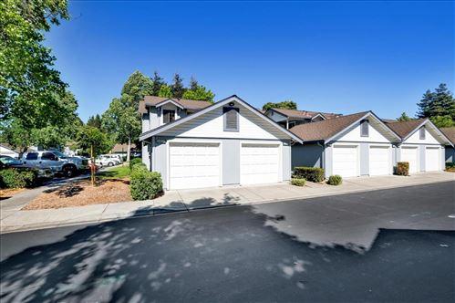 Photo of 34654 Loreal Terrace #31, FREMONT, CA 94555 (MLS # ML81848303)