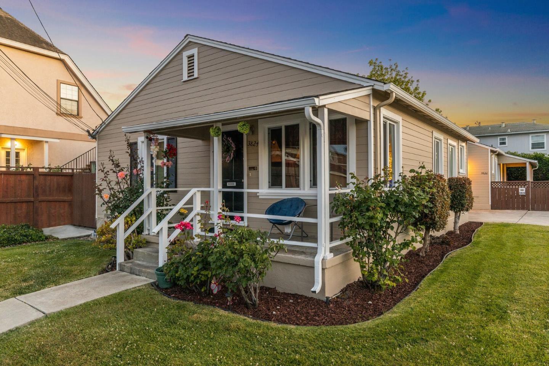 3826 King Lane, San Mateo, CA 94403 - #: ML81846303