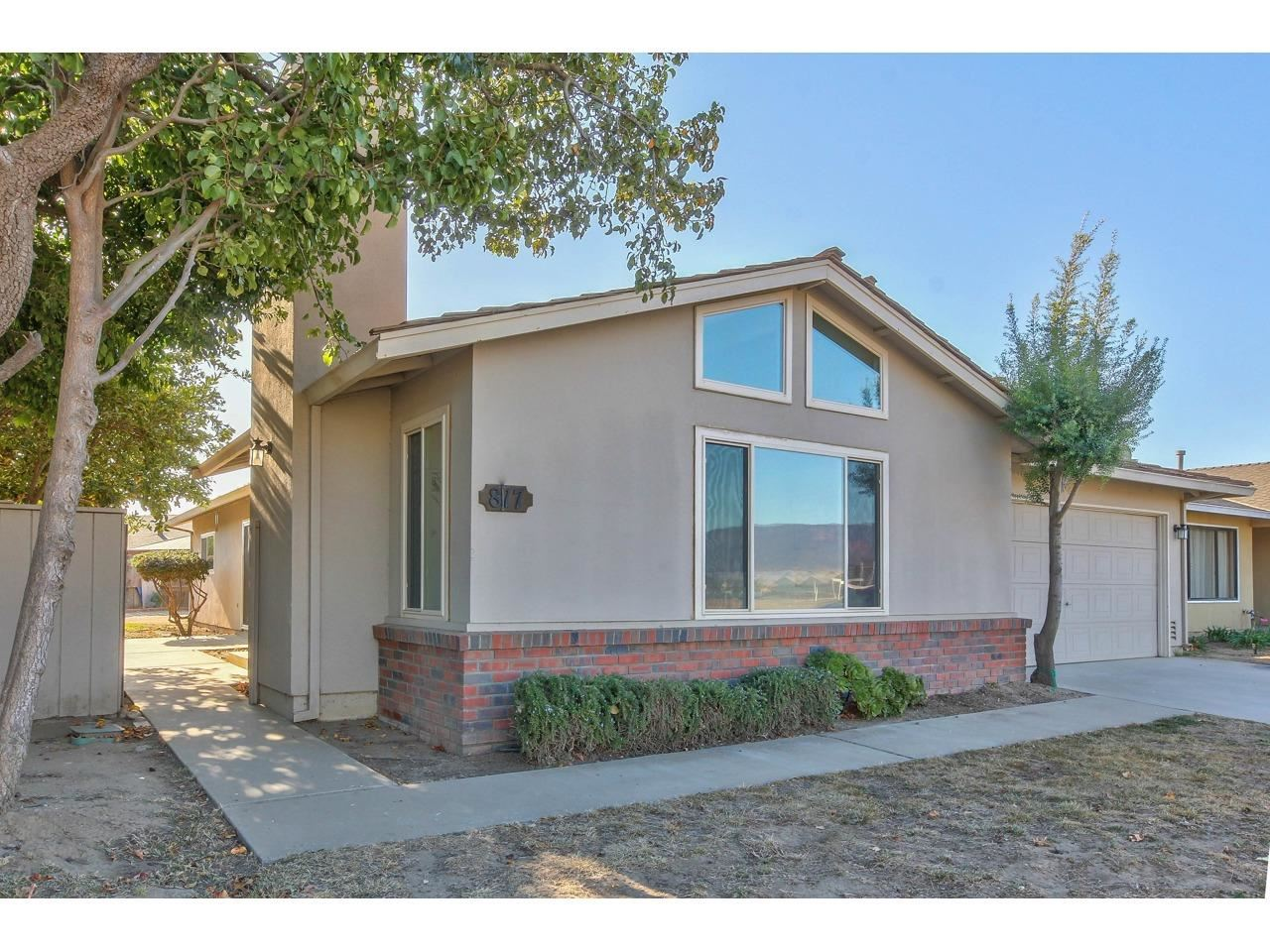 Photo for 817 Cherry, GREENFIELD, CA 93927 (MLS # ML81776304)