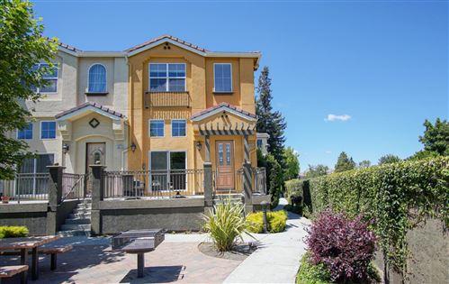 Photo of 3906 Borgo Common, FREMONT, CA 94538 (MLS # ML81848307)