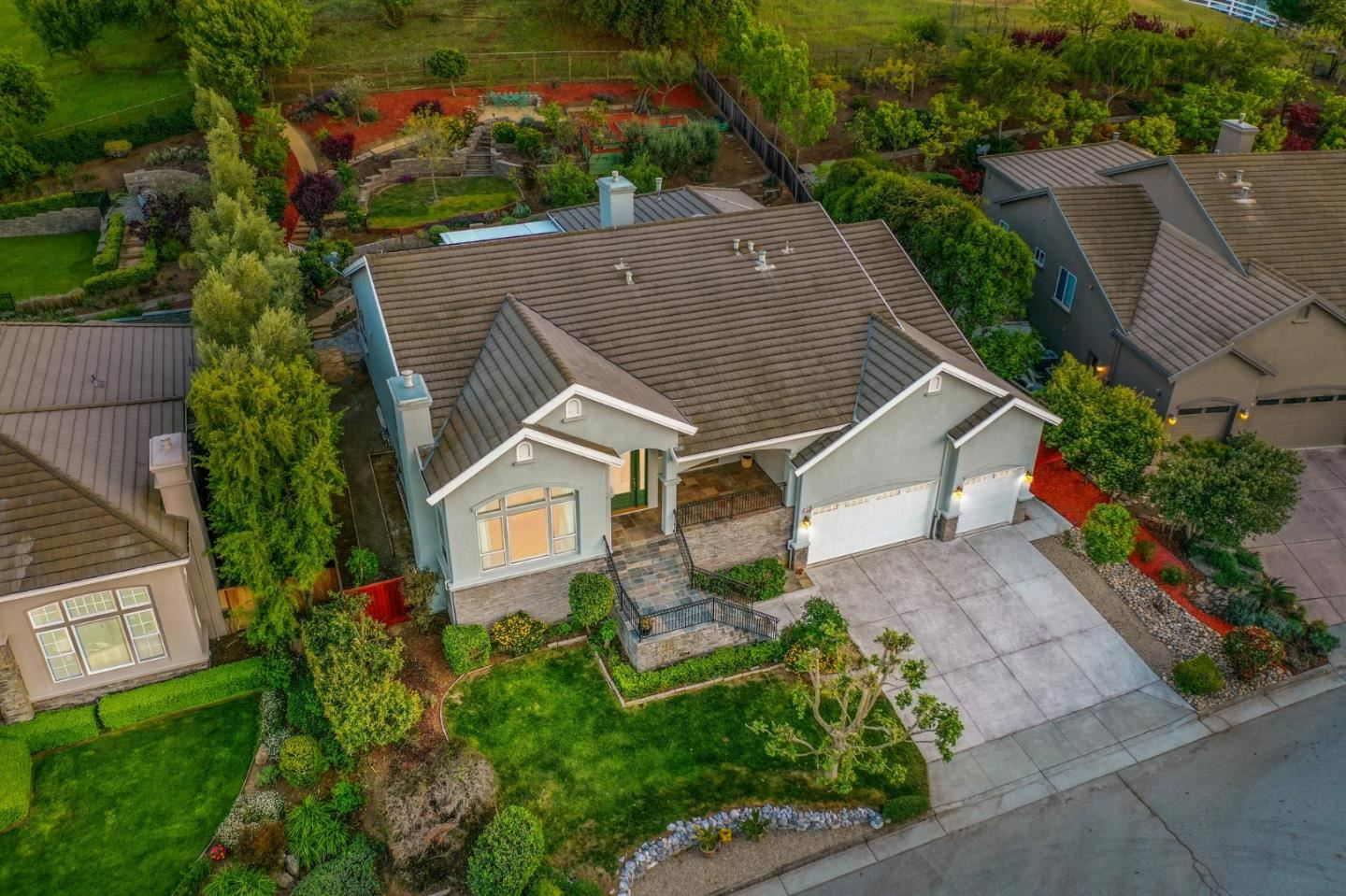Photo for 16630 Dale Hollow Court, MORGAN HILL, CA 95037 (MLS # ML81840307)