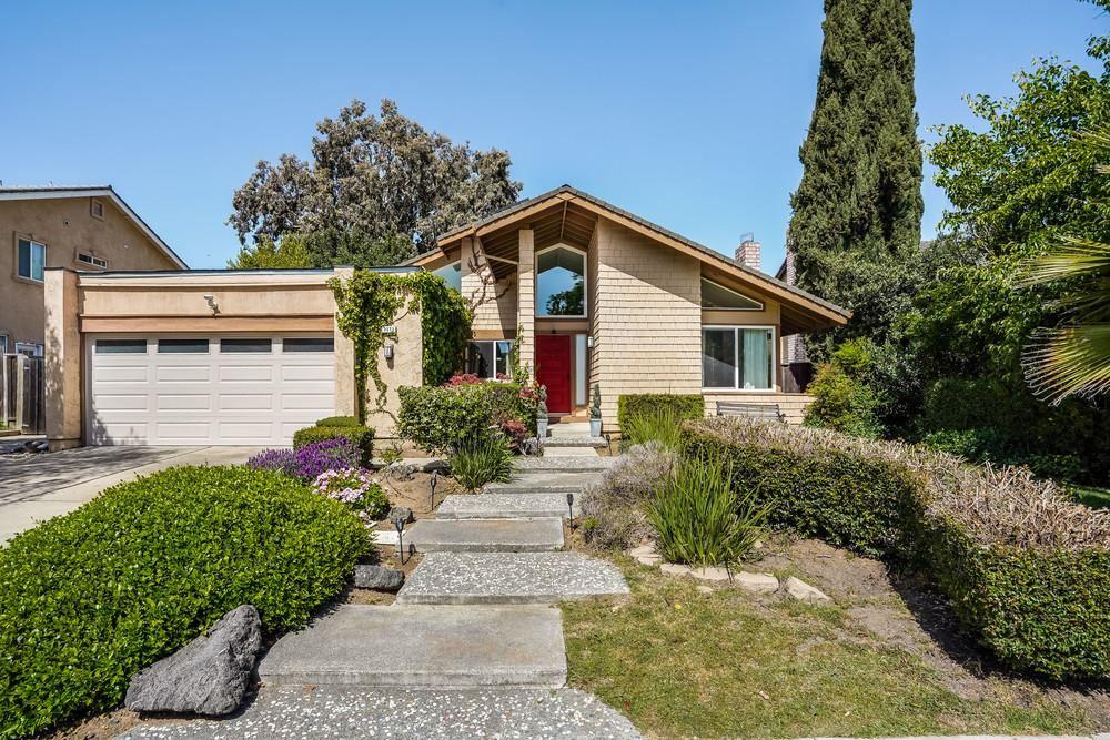 Photo for 3573 Peak Drive, SAN JOSE, CA 95127 (MLS # ML81839309)