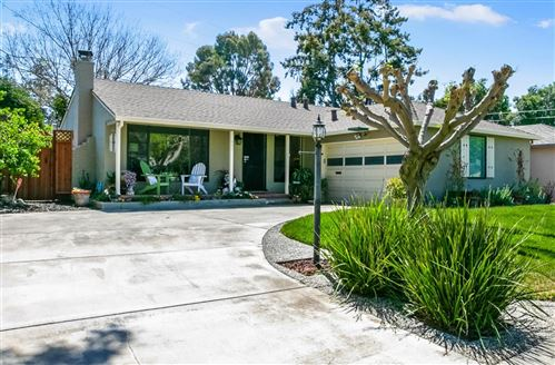 Photo of 986 Broadleaf Lane, SAN JOSE, CA 95128 (MLS # ML81840310)