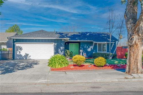 Photo of 659 Albion DR, SAN JOSE, CA 95136 (MLS # ML81831311)