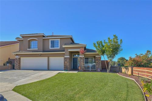 Photo of 1402 Madrone Drive, SALINAS, CA 93905 (MLS # ML81868312)