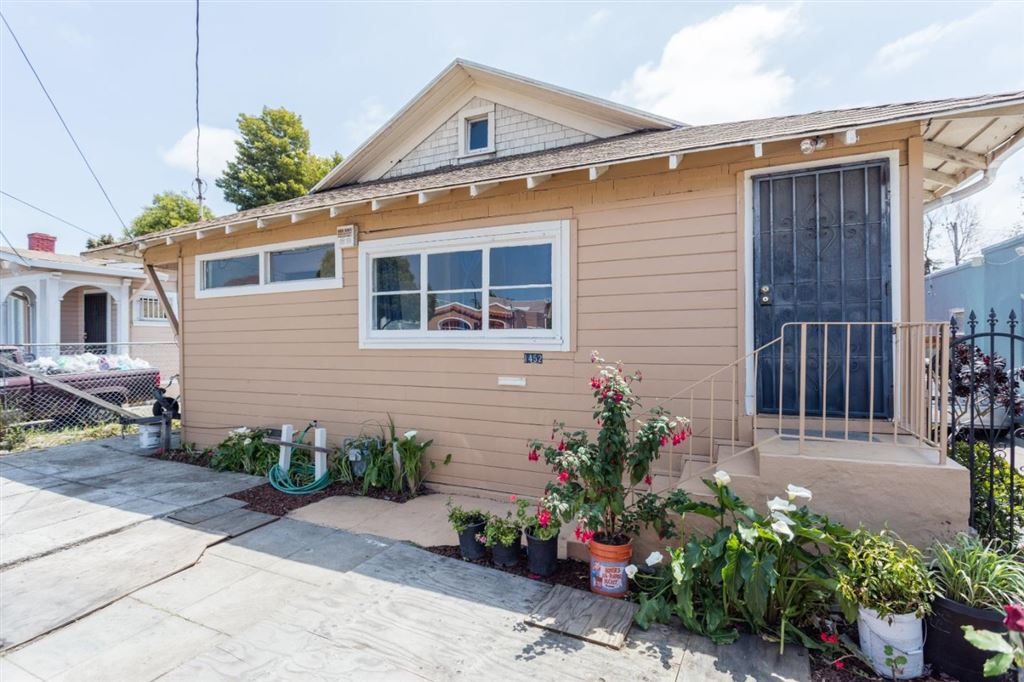 Photo for 1452 70TH AVE, OAKLAND, CA 94621 (MLS # ML81756312)