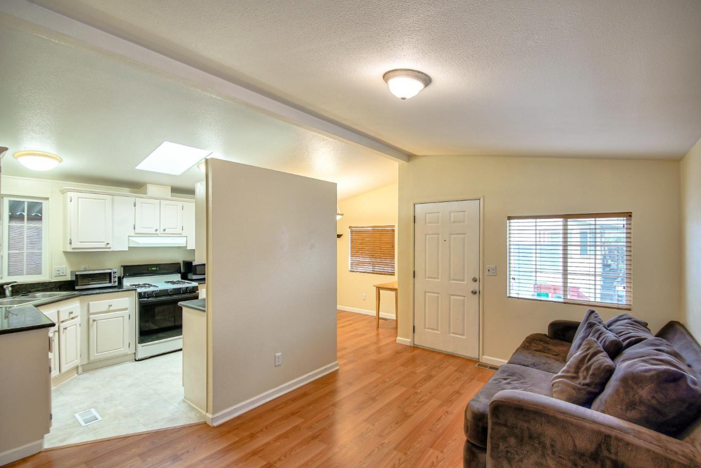 3710 Gross RD 17, Santa Cruz, CA 95062 - #: ML81785312