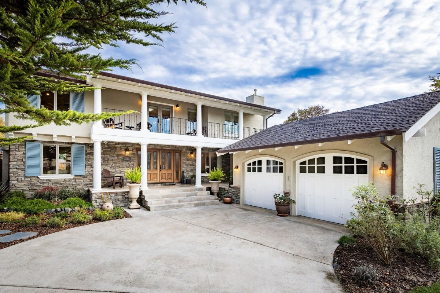 Photo for 2107 Winged Foot RD, HALF MOON BAY, CA 94019 (MLS # ML81820312)
