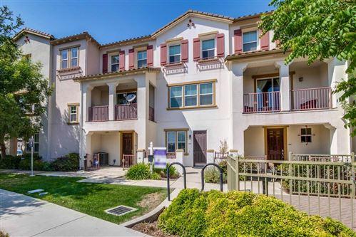 Photo of 684 Grandview Terrace, SAN JOSE, CA 95133 (MLS # ML81863314)