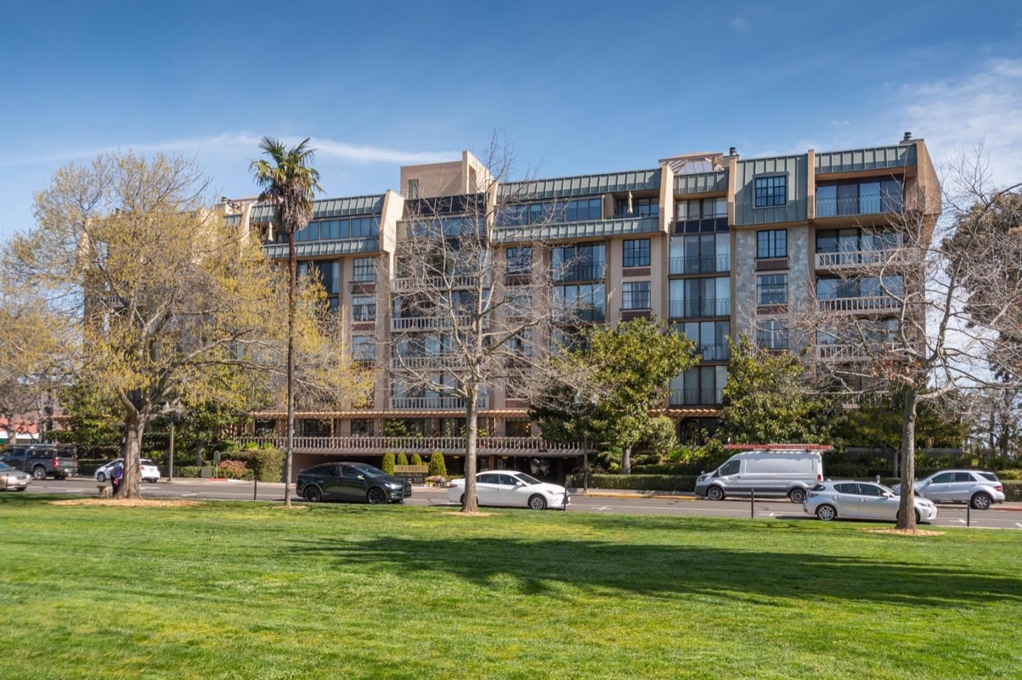 555 Laurel Avenue #311, San Mateo, CA 94401 - #: ML81835314
