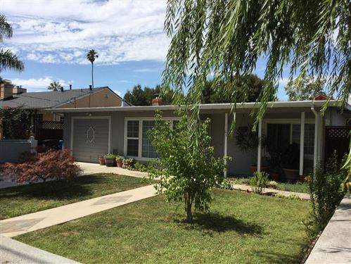 Photo of 1165 Laurel AVE, EAST PALO ALTO, CA 94303 (MLS # ML81767315)