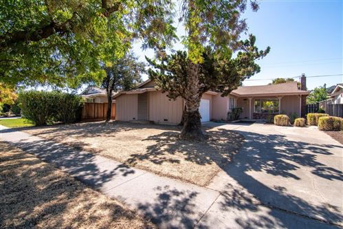 Photo of 6912 Bollinger RD, SAN JOSE, CA 95129 (MLS # ML81812315)