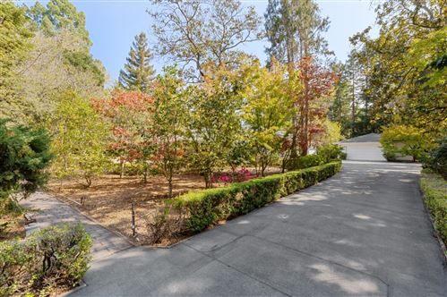 Photo of 143 Selby LN, ATHERTON, CA 94027 (MLS # ML81815316)