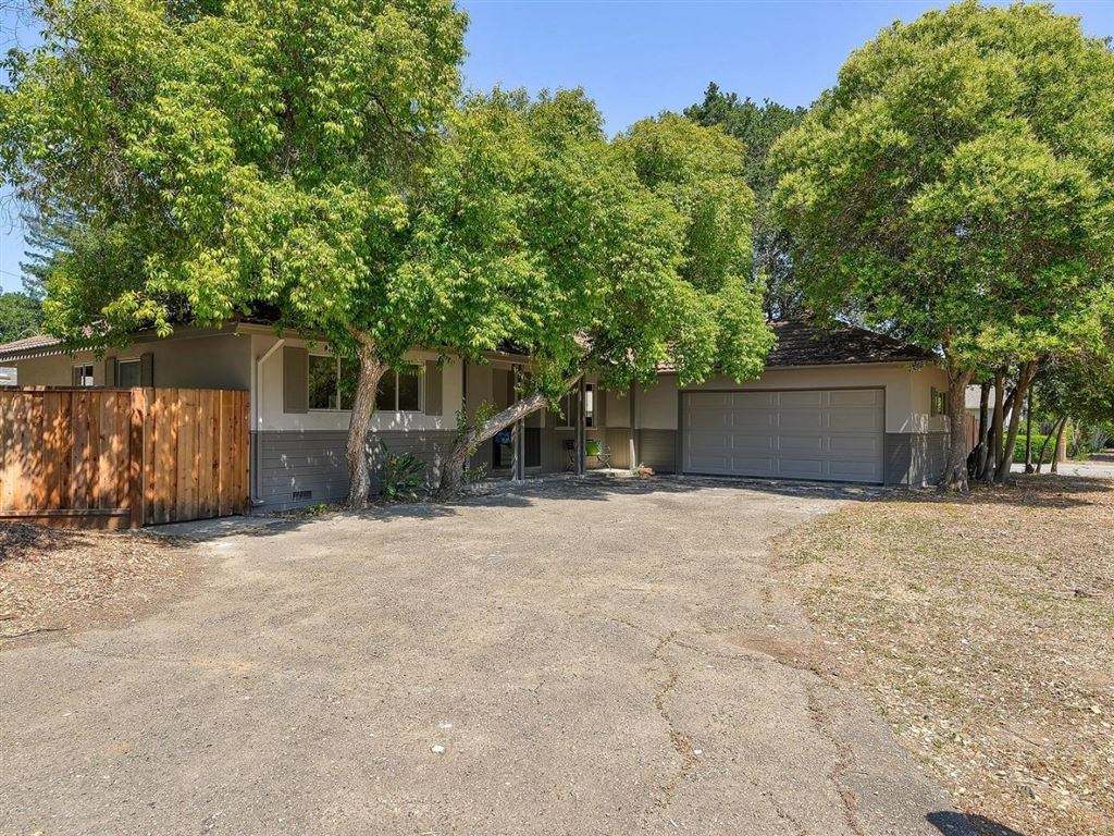 Photo for 1686 Dalehurst AVE, LOS ALTOS, CA 94024 (MLS # ML81755316)