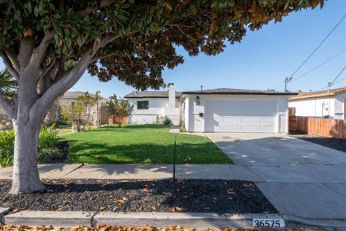Photo of 36575 Beutke DR, NEWARK, CA 94560 (MLS # ML81819317)