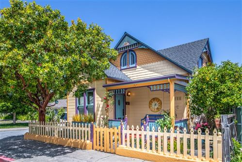 Photo of 592 Central AVE, PACIFIC GROVE, CA 93950 (MLS # ML81793318)