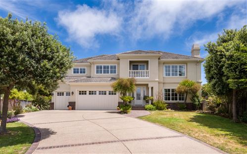 Photo of 128 Spyglass LN, HALF MOON BAY, CA 94019 (MLS # ML81797323)