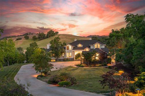 Photo of 20545 Sprawling Oaks Court, SAN JOSE, CA 95120 (MLS # ML81842323)