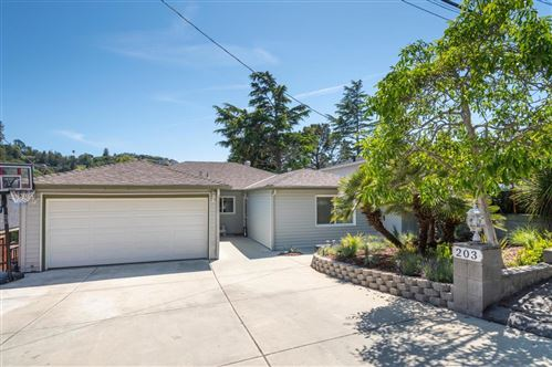 Photo of 203 Clifton Avenue, SAN CARLOS, CA 94070 (MLS # ML81841324)