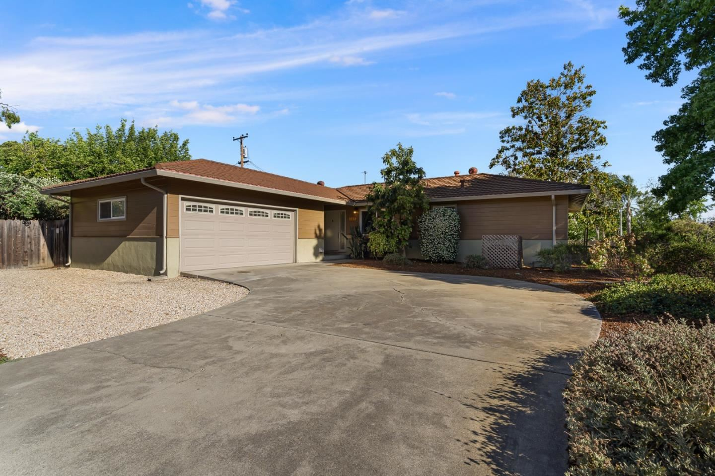 Photo for 385 Crestview Drive, SANTA CLARA, CA 95050 (MLS # ML81848324)