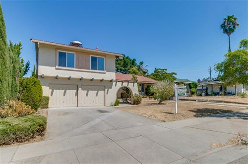Photo of 4034 Forestwood DR, SAN JOSE, CA 95121 (MLS # ML81765326)
