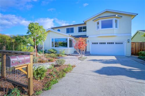 Photo of 429 Wave AVE, HALF MOON BAY, CA 94019 (MLS # ML81775326)