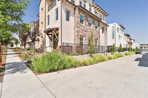Photo of 3058 San Jose Vineyard Court #7, SAN JOSE, CA 95136 (MLS # ML81853327)