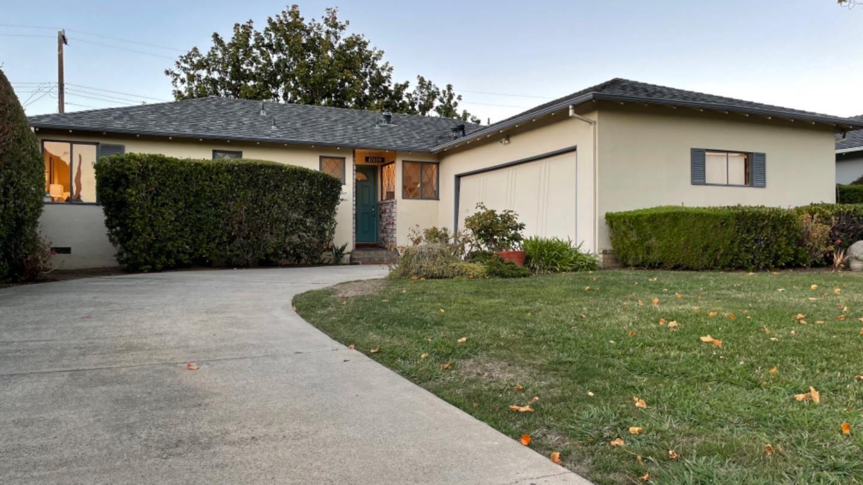 Photo for 19899 Lindenbrook Lane, CUPERTINO, CA 95014 (MLS # ML81862328)