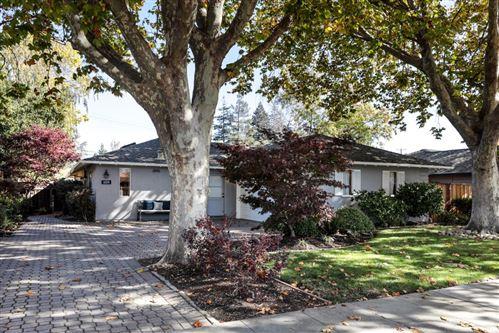Photo of 1059 Newell Road, PALO ALTO, CA 94303 (MLS # ML81868330)