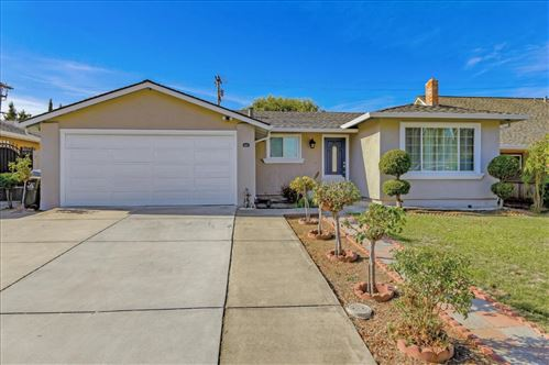 Photo of 1409 Meadow Glen WAY, SAN JOSE, CA 95121 (MLS # ML81820333)